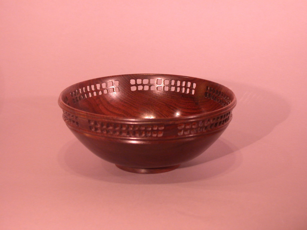Turned bowls with lattice patterning