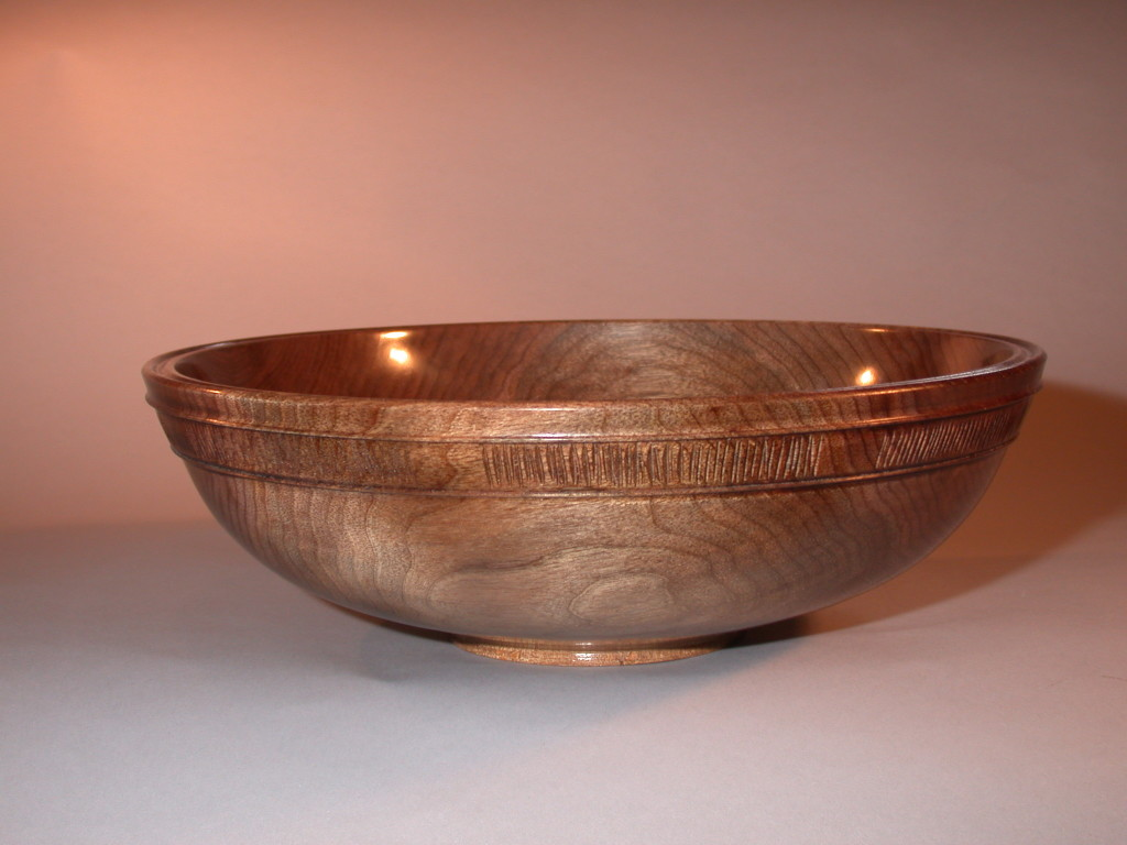 Turned bowls with edge detail